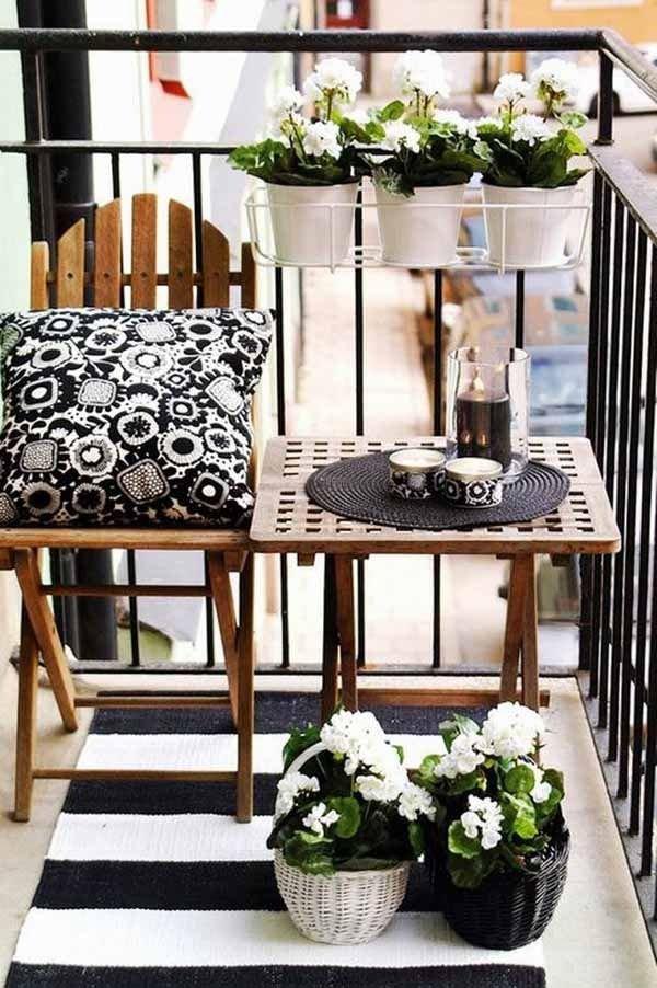 Фотография: Балкон в стиле Прованс и Кантри, Современный, Ландшафт, Декор, Терраса, Советы, Мария Шумская, Есения Семипядная, элегантный городской балкон, винтажные вещи на балконе, восточный декор для балкона, балкон в средиземноморском стиле, ландшафтный дизайн для балкона, горизонтальное озеленение, хвойные растения на балконе – фото на INMYROOM