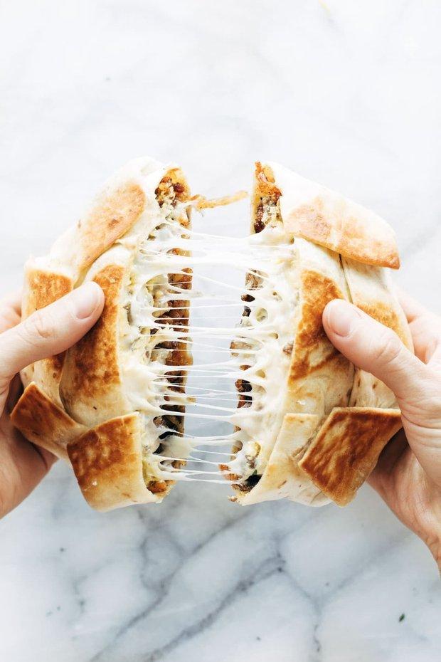Фотография: Ванная в стиле Современный, Закуска, Жарить, Сэндвич, Фарш, Кулинарные рецепты, 15 минут, Европейская кухня, Просто – фото на INMYROOM