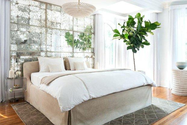 Фотография: Спальня в стиле Скандинавский, Декор интерьера, Зеркала, декор зеркалами – фото на INMYROOM