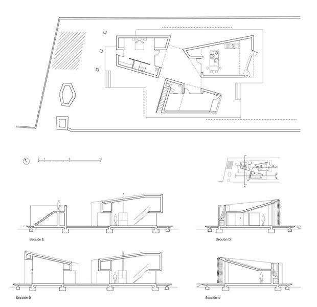 Фотография: Планировки в стиле , Декор интерьера, Дом, Цвет в интерьере, Дома и квартиры, Белый, Архитектурные объекты – фото на INMYROOM