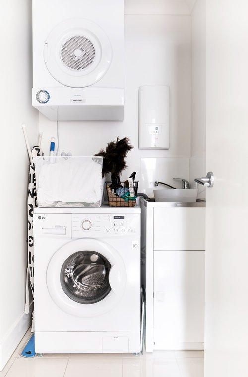 Фотография: Ванная в стиле Минимализм, Кухня и столовая, Гостиная, Спальня, Скандинавский, Декор интерьера, Квартира, Австралия, Розовый, Голубой – фото на INMYROOM