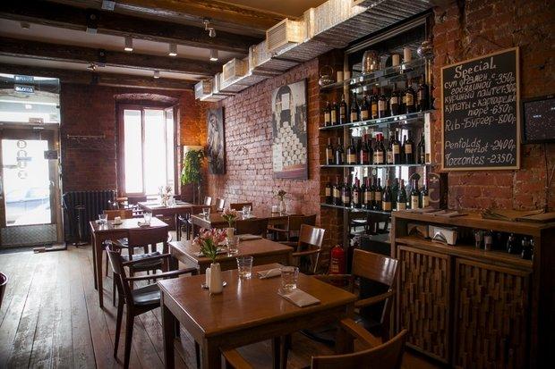 Фотография:  в стиле , Ресторан, Обзоры, Интересное место, вино, Алкоголь, Рестораны – фото на INMYROOM