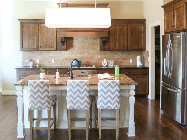 Фотография: Кухня и столовая в стиле Прованс и Кантри, Декор интерьера, Дом, Декор дома, Текстиль – фото на INMYROOM