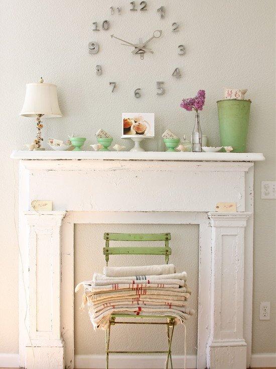 Фотография: Декор в стиле Прованс и Кантри, Декор интерьера, Декор дома, Камин – фото на INMYROOM
