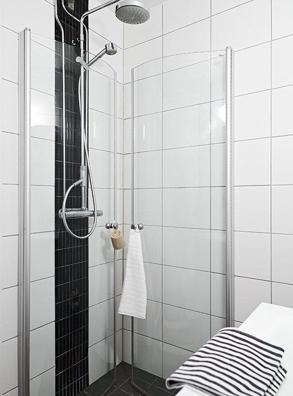 Фотография: Ванная в стиле Скандинавский, Современный, Декор интерьера, Малогабаритная квартира, Квартира, Швеция, Дома и квартиры – фото на INMYROOM