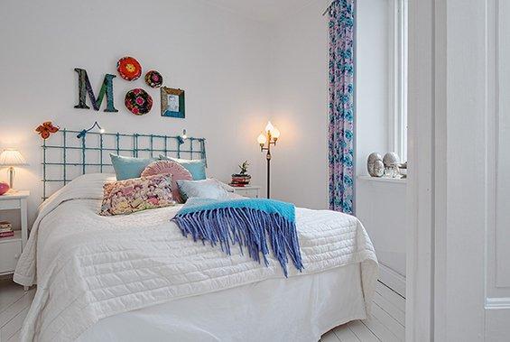 Фотография: Спальня в стиле Скандинавский, Декор интерьера, Малогабаритная квартира, Квартира, Швеция, Цвет в интерьере, Дома и квартиры, Белый – фото на INMYROOM