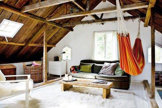 Фотография: Гостиная в стиле Прованс и Кантри, Современный, Чердак, Мансарда – фото на INMYROOM