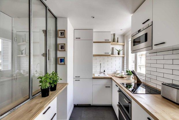 Фотография: Кухня и столовая в стиле Скандинавский, Советы, маленькая кухня, OBI, рабочая зона на кухне – фото на INMYROOM