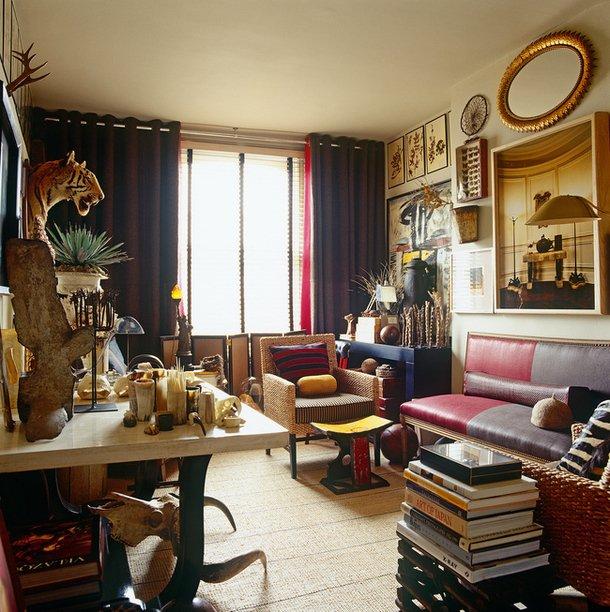 Фотография: Гостиная в стиле Эклектика, Декор интерьера, Антиквариат, Праздник, Новый Год – фото на INMYROOM