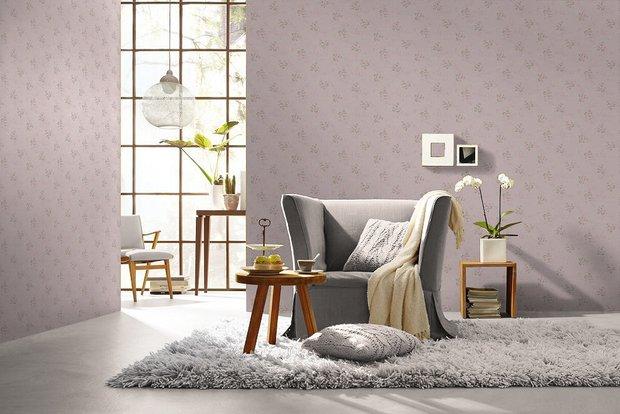 Фотография:  в стиле , Советы, Обои, Потолок, напольное покрытие, линолеум, ковролин, отделка, отделка пола, отделка потолка, Geometrium, напольное покрытие в спальне, ламинат в квартире, Отделка стен, отделка от застройщика, натяжные потолки в комнате, ламинат на полу, использование краски в интерьере, как подобрать обои в интерьер – фото на INMYROOM