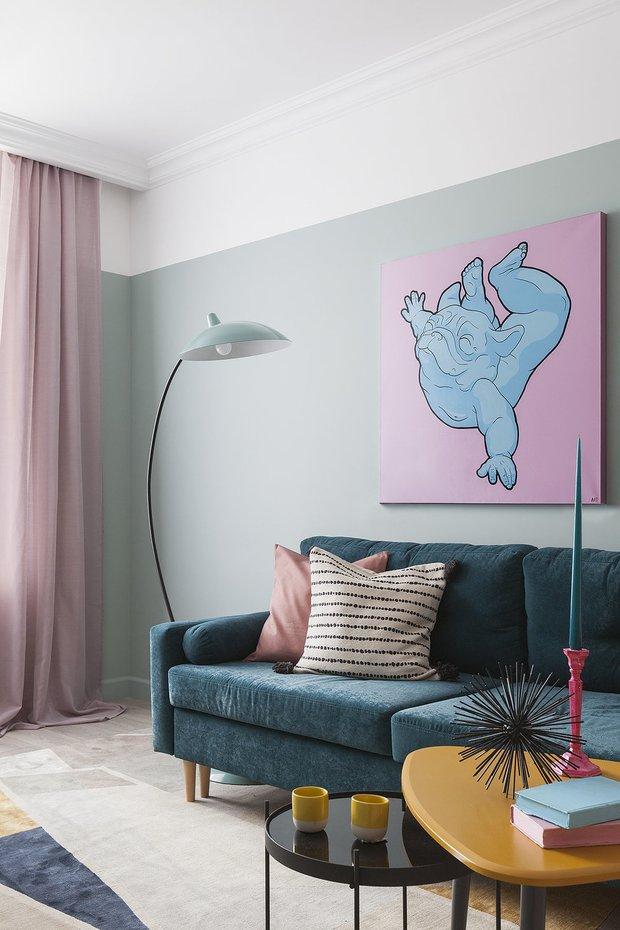 Фотография: Гостиная в стиле Современный, Декор интерьера, Приемы декораторов, тренды 2020 – фото на INMYROOM