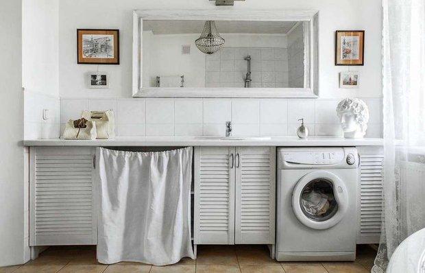 Фотография: Ванная в стиле Прованс и Кантри, как сэкономить, сэкономить на покупке квартиры, как сэкономить на покупке квартиры, сэкономить на ремонте, как экономить воду, экономия, #каксэкономить, как сэкономить на ремонте, как сэкономить электричество – фото на INMYROOM