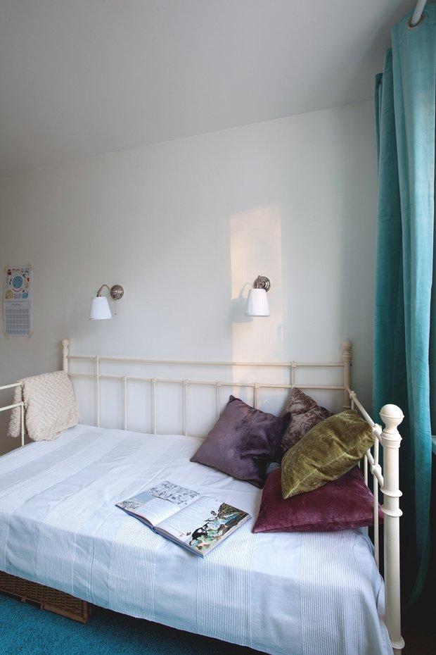 Фотография: Спальня в стиле Минимализм, Декор интерьера, Малогабаритная квартира, Советы, ИКЕА, Мария Жучкова – фото на INMYROOM