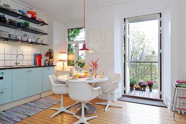 Фотография: Кухня и столовая в стиле , Балкон, Декор интерьера – фото на INMYROOM