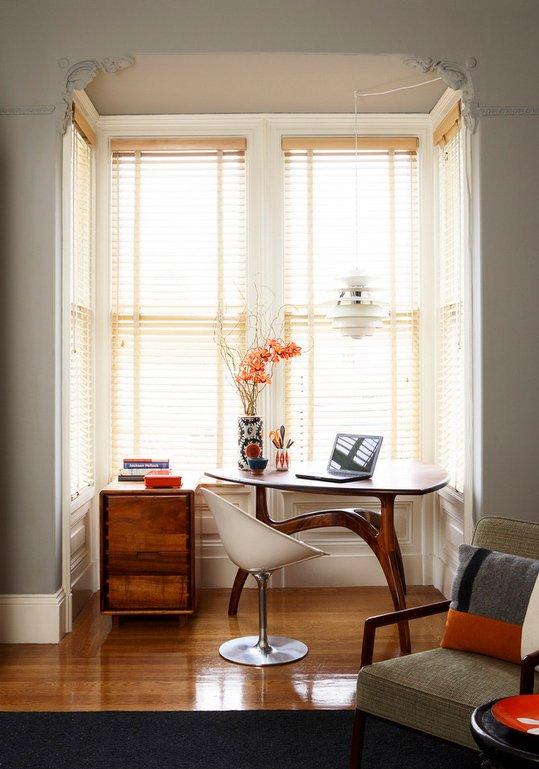Фотография: Офис в стиле Эклектика, Кабинет, Интерьер комнат – фото на INMYROOM