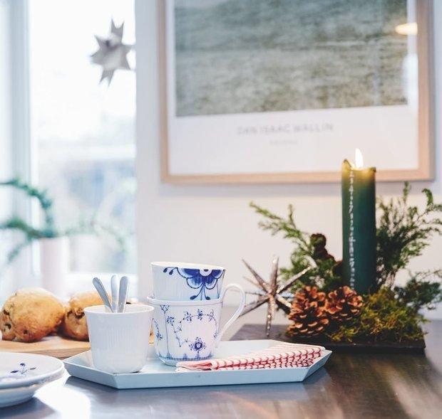 Фотография:  в стиле , Декор интерьера, Дом, Дания, Новый Год, новогодний декор, Более 90 метров – фото на INMYROOM