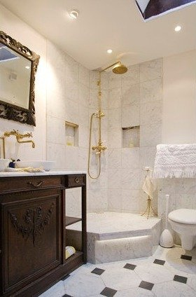 Фотография: Ванная в стиле Классический, Стиль жизни, Советы, Париж, Airbnb – фото на INMYROOM
