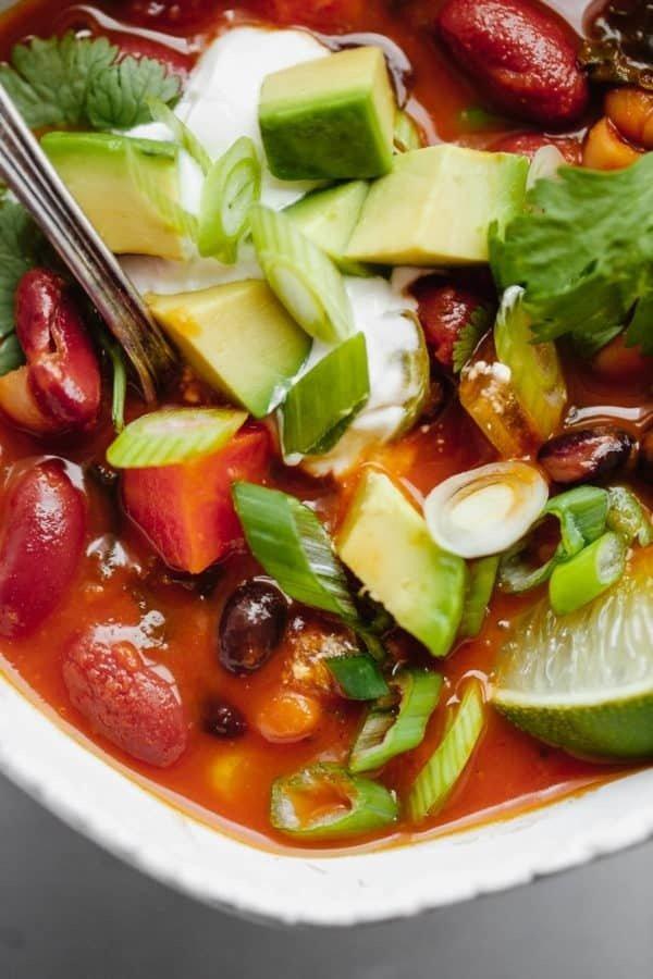 Фотография:  в стиле , Обед, Первое блюдо, Здоровое питание, Вегетарианская, Суп, Кулинарные рецепты, Варить, 45 минут, Овощи, Мексиканская кухня, Вкусные рецепты, Просто, Перец Чили – фото на INMYROOM
