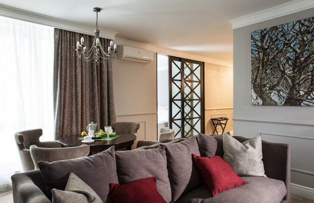 Фотография: Гостиная в стиле Современный, Малогабаритная квартира, Квартира, Индустрия, События – фото на INMYROOM