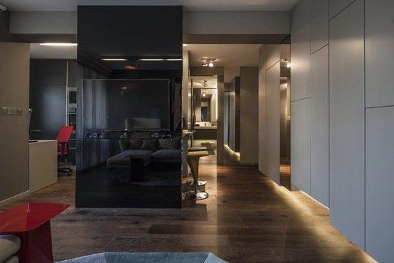 Фотография: Прихожая в стиле Лофт, Современный, Малогабаритная квартира, Квартира, Цвет в интерьере, Дома и квартиры, Серый, Умный дом, Будапешт – фото на INMYROOM
