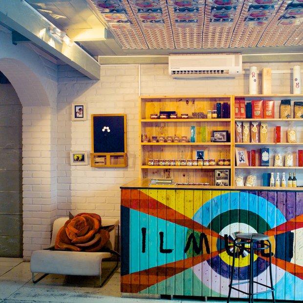 Фотография: Кухня и столовая в стиле Прованс и Кантри, Современный, Эклектика, Декор интерьера, Мебель и свет, Марат Ка – фото на INMYROOM