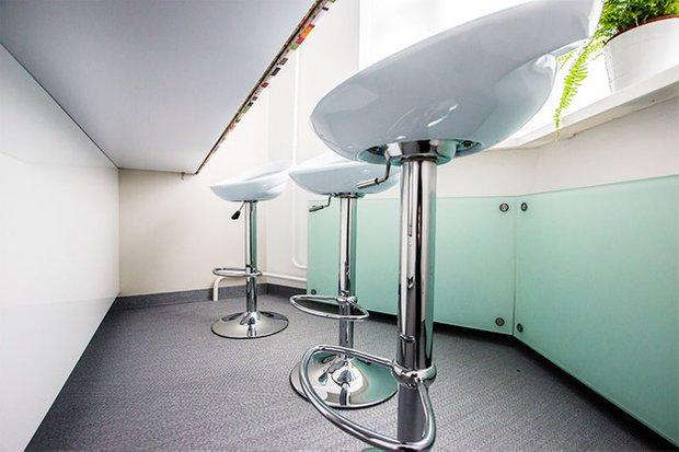 Фотография: Декор в стиле Прованс и Кантри, Кухня и столовая, Интерьер комнат, Elle Decoration – фото на INMYROOM