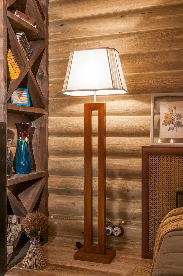 Фотография: Мебель и свет в стиле Прованс и Кантри, Спальня, Интерьер комнат, Мансарда – фото на INMYROOM