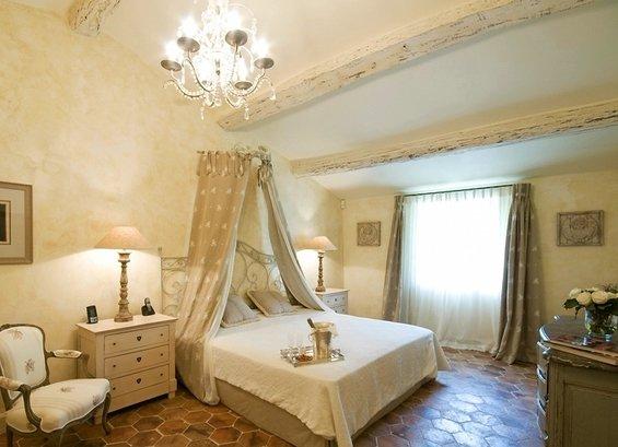 Фотография: Спальня в стиле Прованс и Кантри, Дом, Дома и квартиры, Прованс, Бассейн – фото на INMYROOM