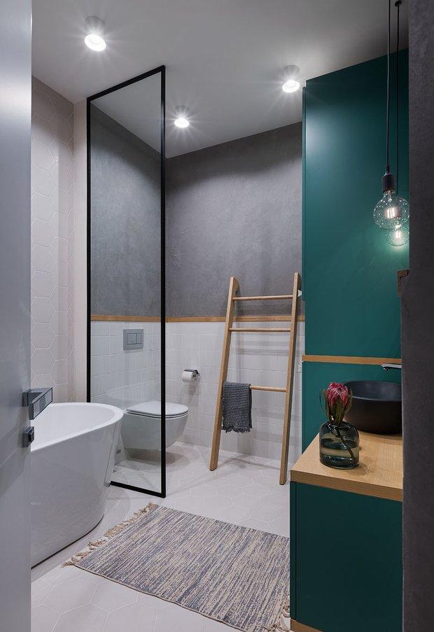 Фотография:  в стиле , Ванная, Ariston, Советы, Эргономика, сантехника для ванной комнаты, водонагреватель – фото на INMYROOM