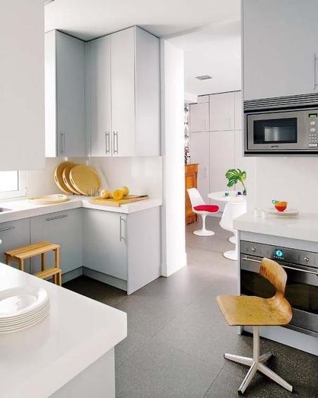 Фотография: Кухня и столовая в стиле Скандинавский, Эклектика, Декор интерьера, Дом, Антиквариат, Дома и квартиры, Стена, Мадрид – фото на INMYROOM