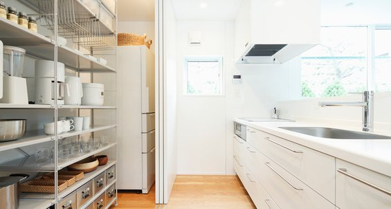 Фотография: Кухня и столовая в стиле Эко, Дом, Дома и квартиры, Япония – фото на InMyRoom.ru