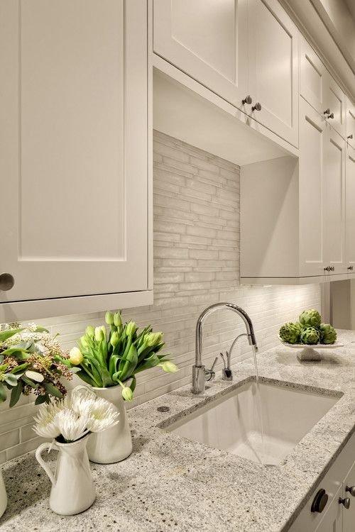 Фотография: Кухня и столовая в стиле Современный, Квартира, Мебель и свет, Советы – фото на INMYROOM