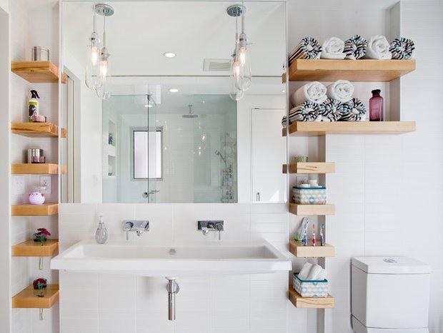 Фотография:  в стиле , Ванная, Малогабаритная квартира, Россия, Аксессуары, Советы, хранение в ванной комнате – фото на INMYROOM