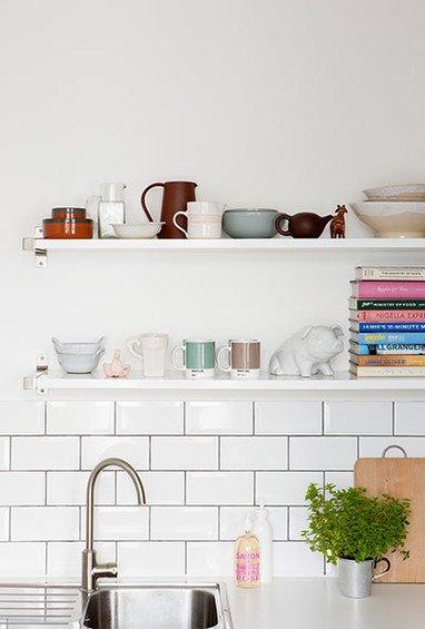 Фотография: Аксессуары в стиле Современный, Кухня и столовая, Малогабаритная квартира, Квартира, Цвет в интерьере, Дома и квартиры, Белый, Серый – фото на INMYROOM