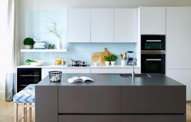 Фотография: Кухня и столовая в стиле Современный, Ремонт, Ремонт на практике, Гид, ремонт своими руками – фото на INMYROOM
