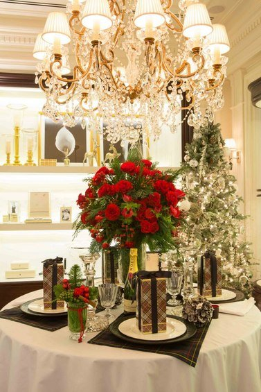 Фотография: Кухня и столовая в стиле Классический, Индустрия, События, Светильники – фото на INMYROOM