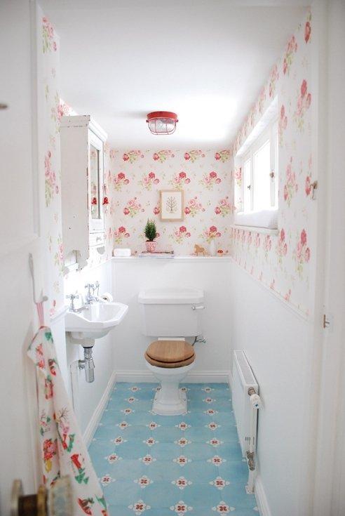 Фотография: Ванная в стиле Прованс и Кантри, Классический, Современный, Декор интерьера, DIY, Дом, Системы хранения – фото на INMYROOM