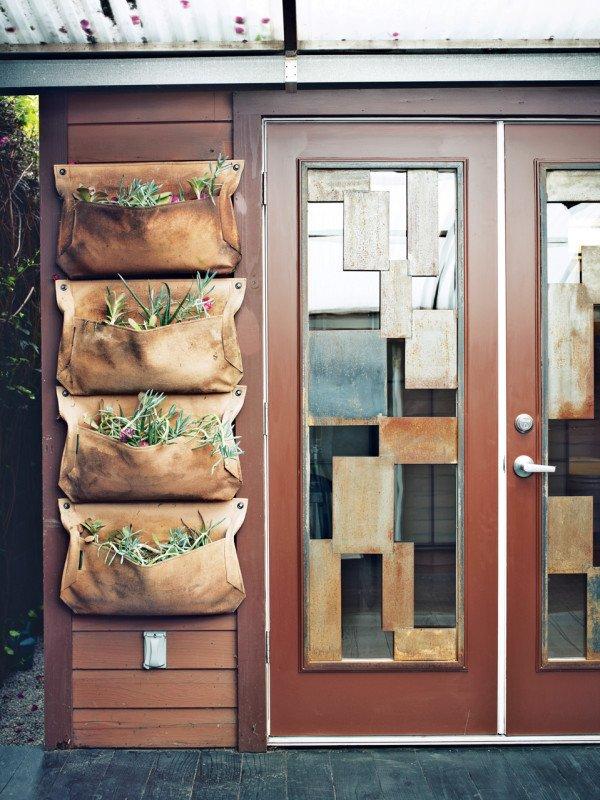 Фотография: Декор в стиле Современный, Малогабаритная квартира, Квартира, Дома и квартиры, Советы, Мебель-трансформер – фото на INMYROOM