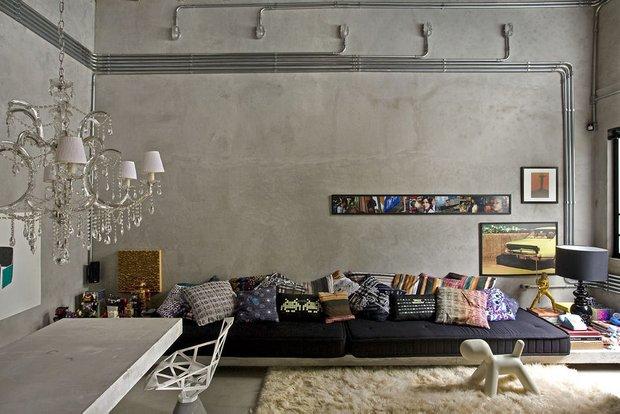 Фотография: Гостиная в стиле Классический, Лофт, Современный, Квартира, Дома и квартиры, Интерьеры звезд – фото на INMYROOM