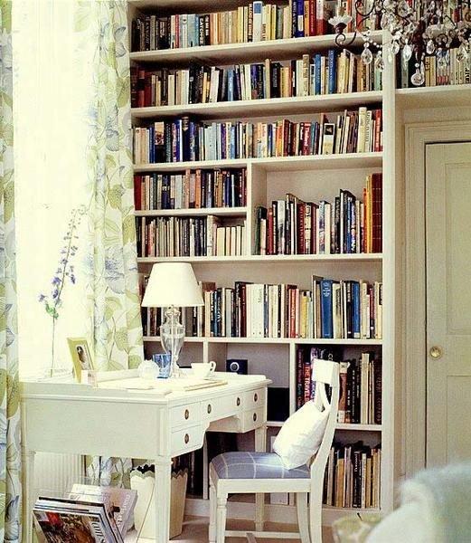 Фотография: Мебель и свет в стиле Прованс и Кантри, Хранение, Стиль жизни, Советы, Библиотека – фото на INMYROOM