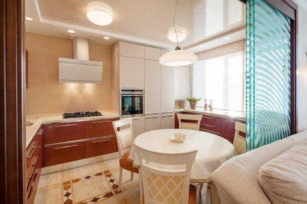 Фотография: Кухня и столовая в стиле Современный, Перепланировка, Максим Джураев – фото на InMyRoom.ru