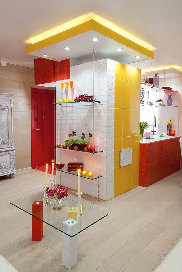 Фотография: Кухня и столовая в стиле Современный, Хай-тек, Дом, Дома и квартиры – фото на INMYROOM