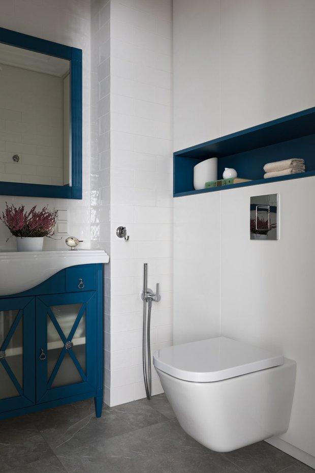 Фотография: Ванная в стиле Прованс и Кантри, Перепланировка, сантехника для ванной комнаты, AMPM – фото на INMYROOM