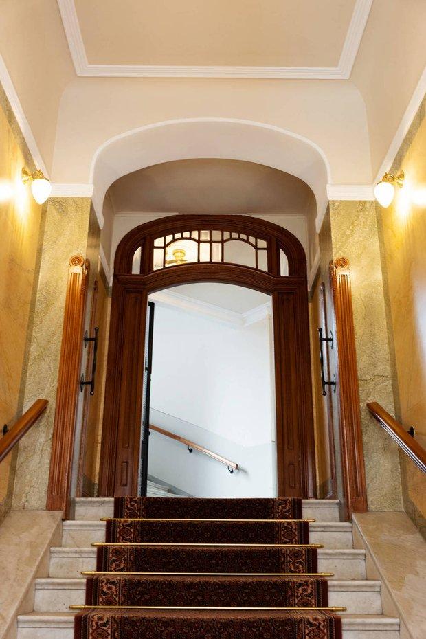 Фотография:  в стиле , Скандинавский, Современный, Декор интерьера, Квартира, Белый, Бежевый, 3 комнаты, Более 90 метров – фото на INMYROOM