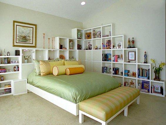 Фотография: Спальня в стиле Современный, Гардеробная, Декор интерьера, Интерьер комнат, Системы хранения, Кровать, Гардероб – фото на INMYROOM