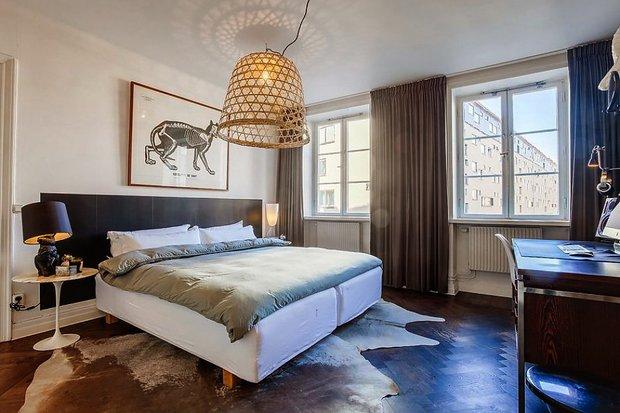 Фотография: Спальня в стиле Эклектика, Скандинавский, Малогабаритная квартира, Квартира, Цвет в интерьере, Дома и квартиры, Белый – фото на INMYROOM
