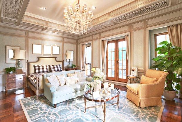 Фотография: Спальня в стиле Прованс и Кантри, Гостиная, Франция, Интерьер комнат – фото на INMYROOM