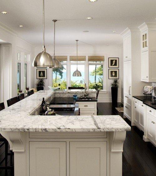 Фотография: Кухня и столовая в стиле Классический, Декор интерьера, Мебель и свет – фото на INMYROOM