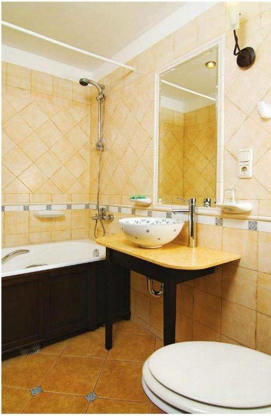 Фотография: Ванная в стиле Прованс и Кантри, Малогабаритная квартира, Интерьер комнат, Советы – фото на INMYROOM