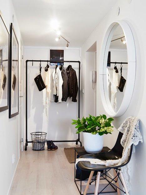 Фотография: Прихожая в стиле Скандинавский, Малогабаритная квартира, Квартира, Дома и квартиры, Мансарда – фото на INMYROOM